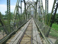 bridge_to_panama.jpg (113036 bytes)